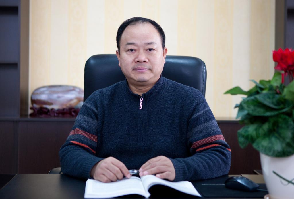 三峡大学党委常委,副校长:王炎廷,男,汉族,1964年11月出生,湖北监利人